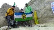 VK vztyčilo svůj prapor na nejvyšší hoře Iránu - Damavandu - 5620 m n. m.